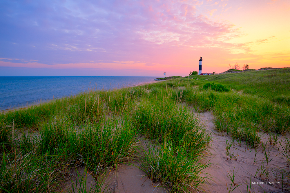 Big Sable Point Lighthouse,Ludington Lighthouse,Ludington State Park,Michigan,Sand Dunes,Summer,sunrise, photo
