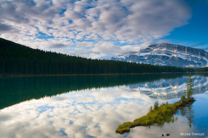 Two Jacks Lake, Canada, photo